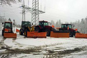 Wir halten Ihre Flächen frei von Eis und Schnee